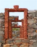 Laterite stone flat arches